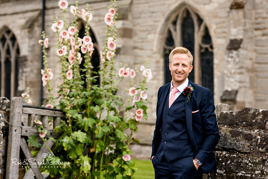 garden-party-wedding-photographer-warwickshire-043