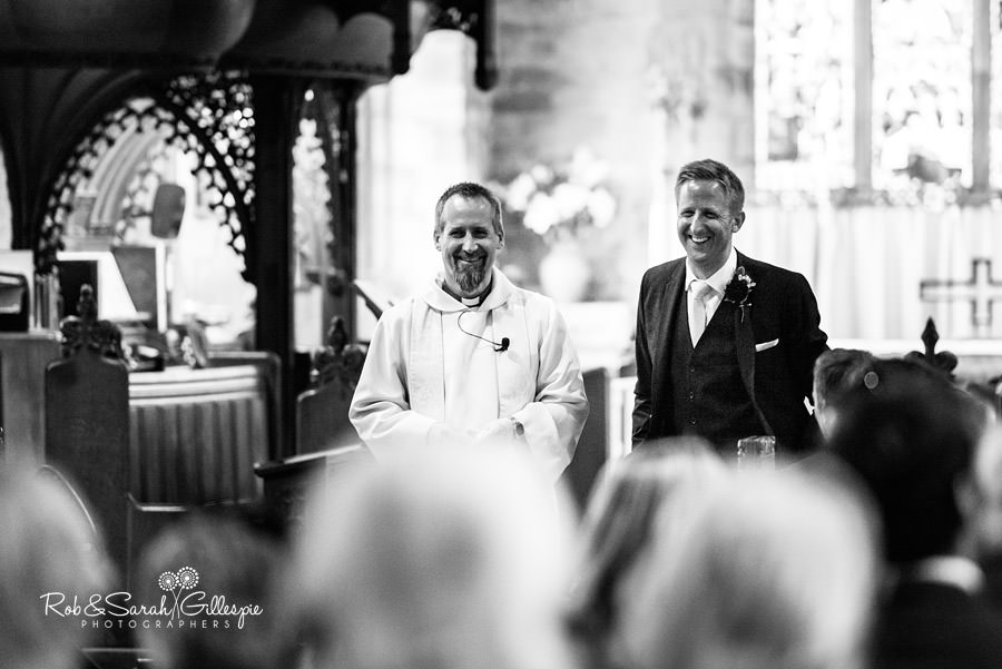 garden-party-wedding-photographer-warwickshire-049