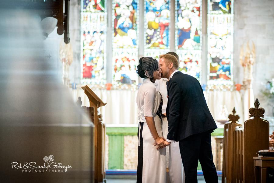 garden-party-wedding-photographer-warwickshire-076