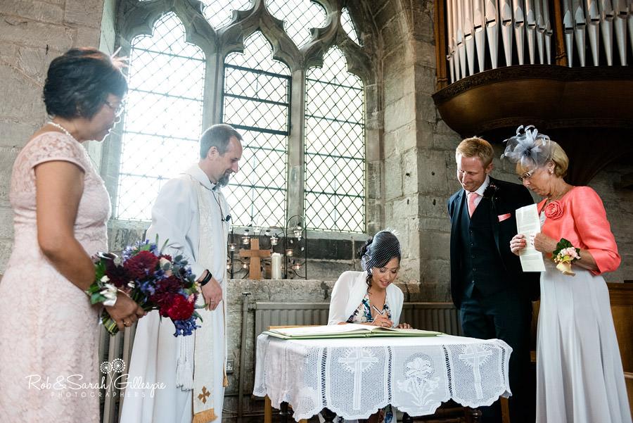 garden-party-wedding-photographer-warwickshire-081