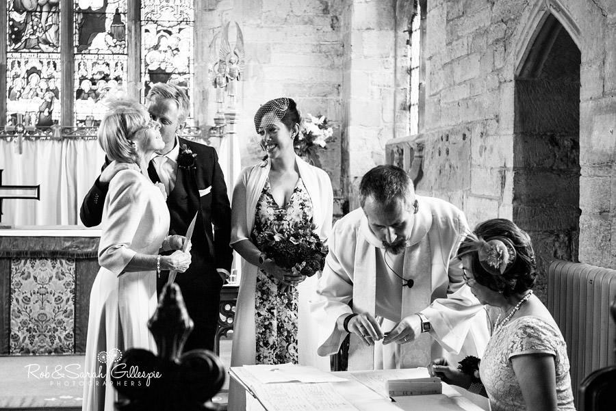 garden-party-wedding-photographer-warwickshire-083