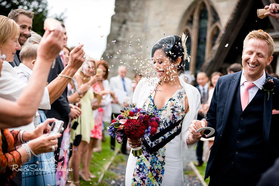 garden-party-wedding-photographer-warwickshire-098