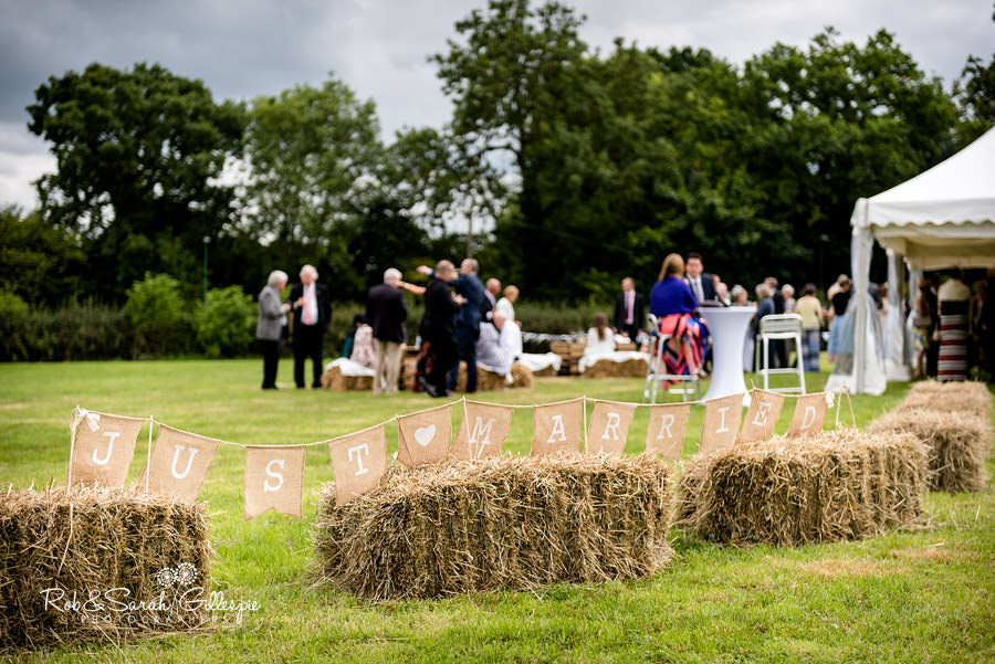 garden-party-wedding-photographer-warwickshire-105