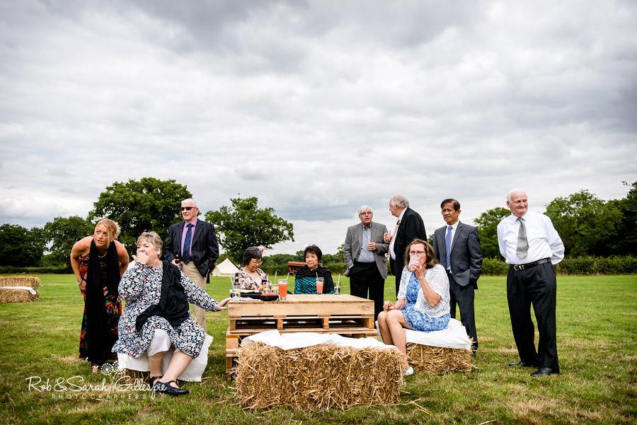 garden-party-wedding-photographer-warwickshire-108