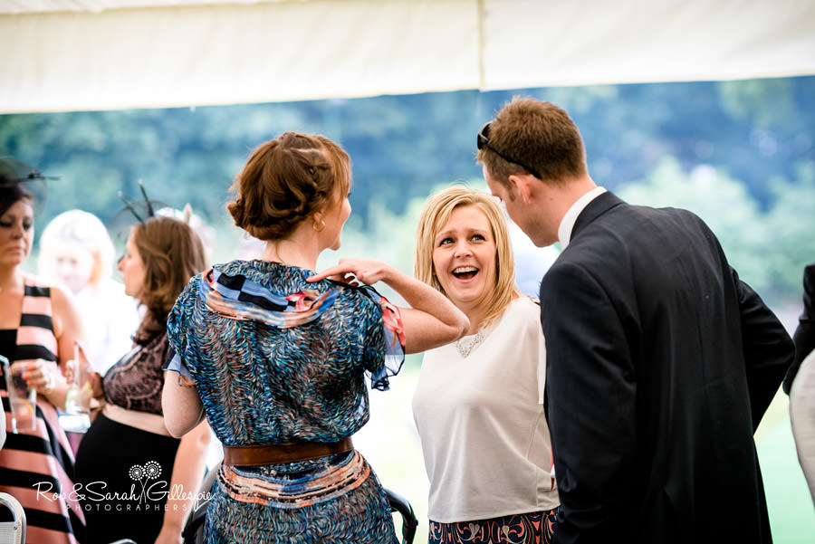 garden-party-wedding-photographer-warwickshire-110