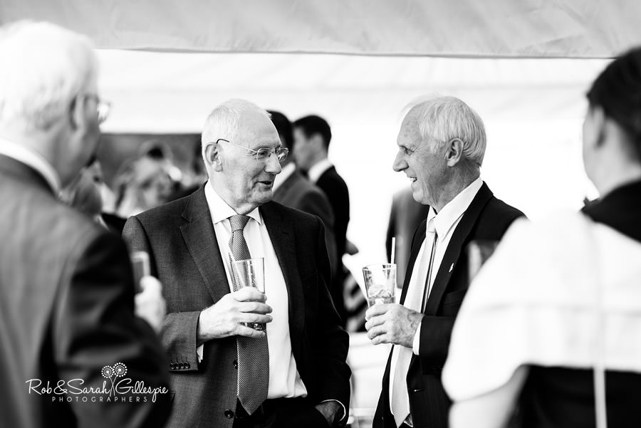 garden-party-wedding-photographer-warwickshire-112