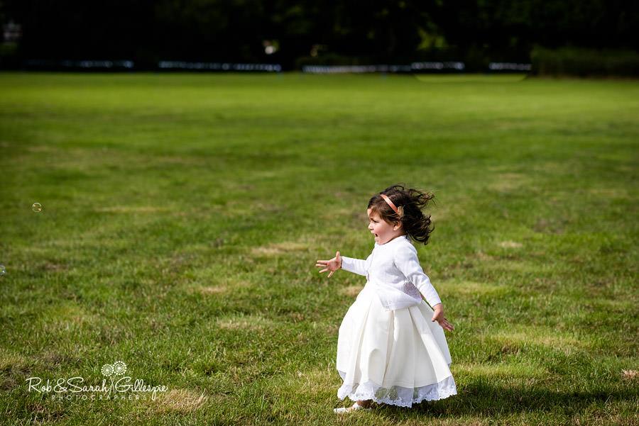 garden-party-wedding-photographer-warwickshire-115