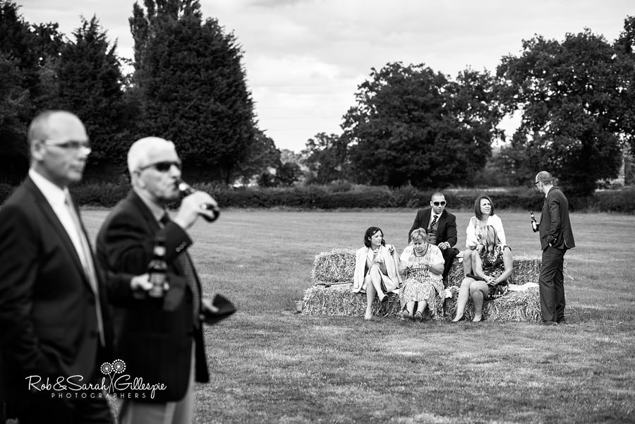 garden-party-wedding-photographer-warwickshire-116
