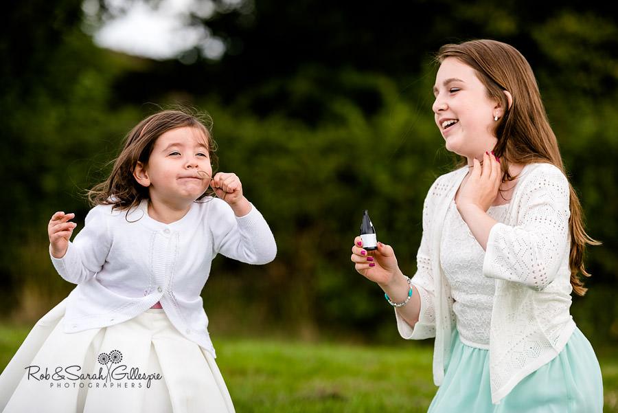 garden-party-wedding-photographer-warwickshire-119