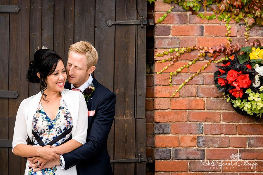 garden-party-wedding-photographer-warwickshire-137