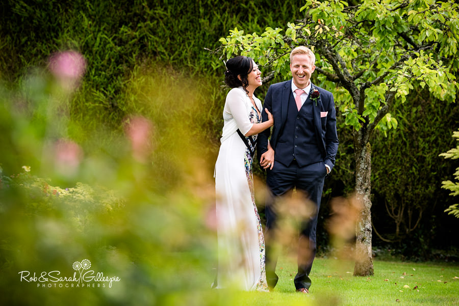 garden-party-wedding-photographer-warwickshire-139
