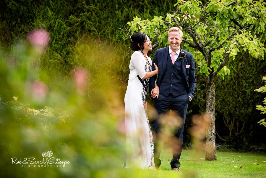 garden-party-wedding-photographer-warwickshire-139