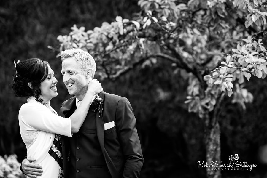 garden-party-wedding-photographer-warwickshire-140