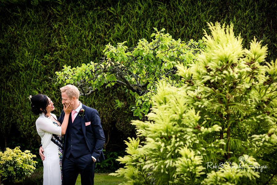 garden-party-wedding-photographer-warwickshire-142