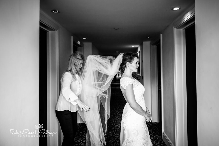 Bride and bridesmaids getting ready for wedding at Hogarths