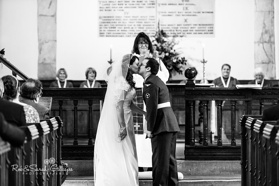 puckrup-hall-deerhurst-wedding-photographer-087