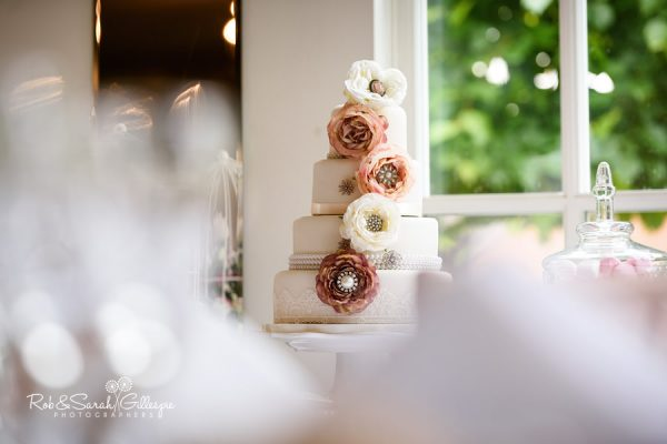 Wedding cake at Warwick House