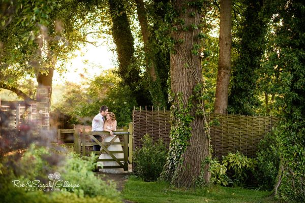 Beautiful and relaxed wedding photography at Warwick House