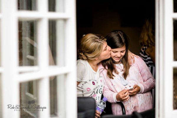 Bride and flowergirl at Wethele manor