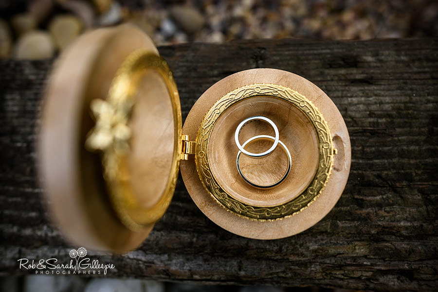 rustic-country-farm-wedding-photographer-023