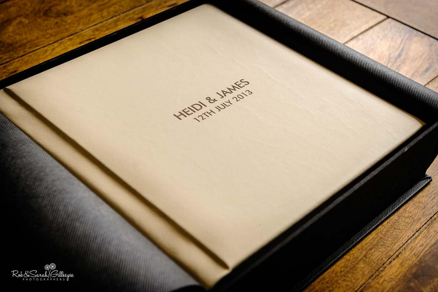 Wedding album in presentation box