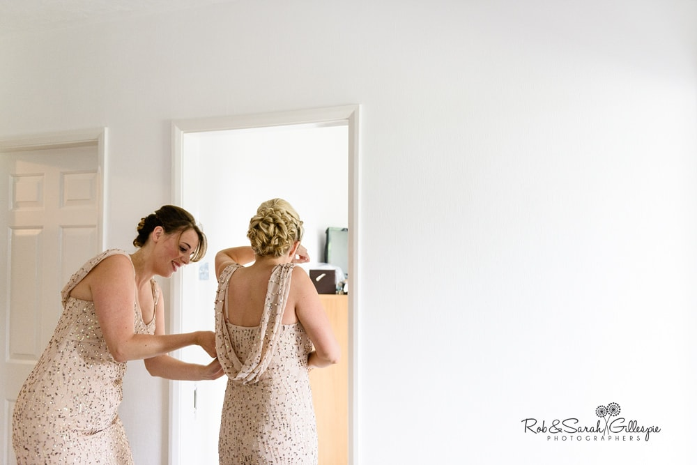 Bridesmaids fix dresses