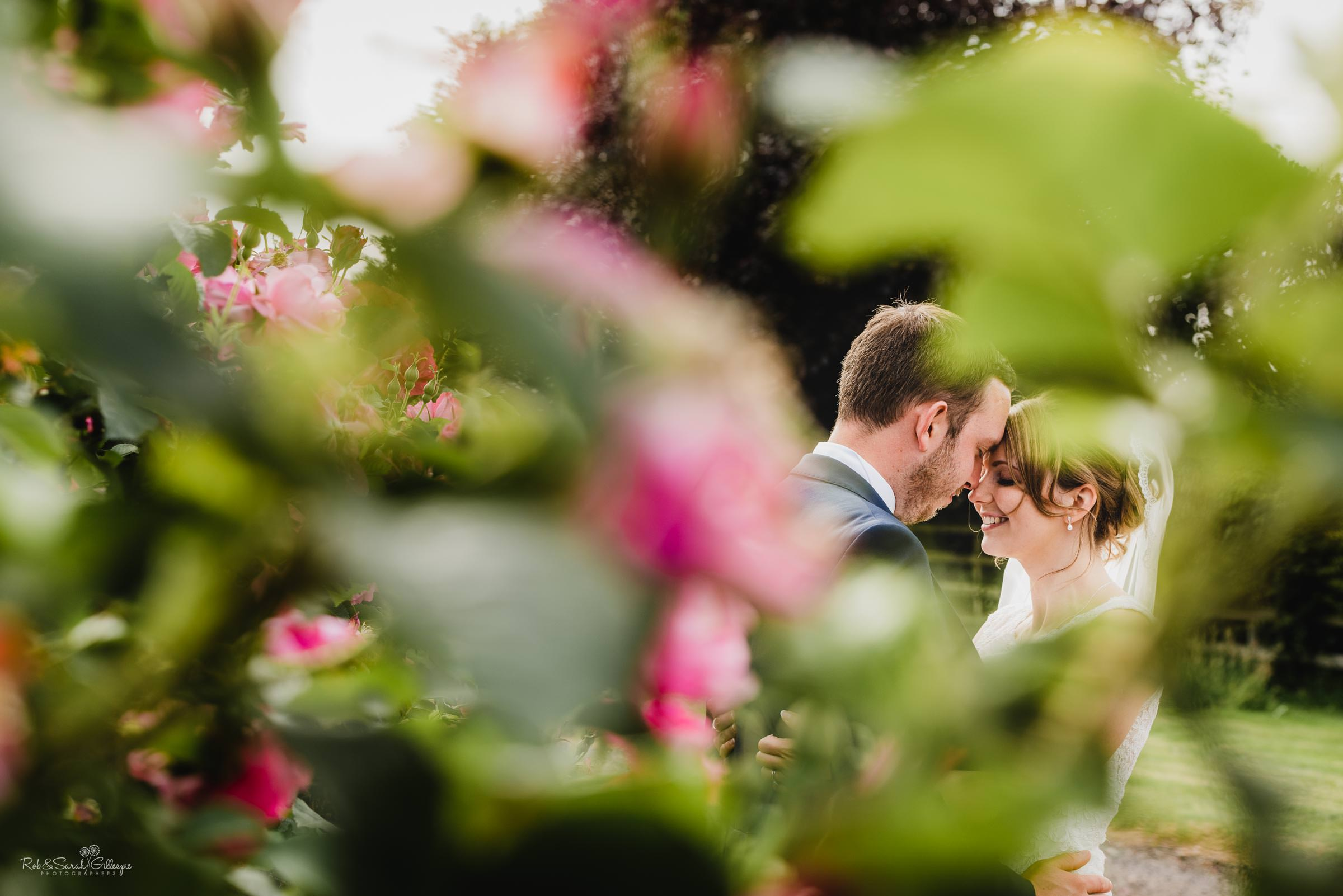 Beautiful natural wedding photography at Swallows Nest Barn by Rob & Sarah Gillespie