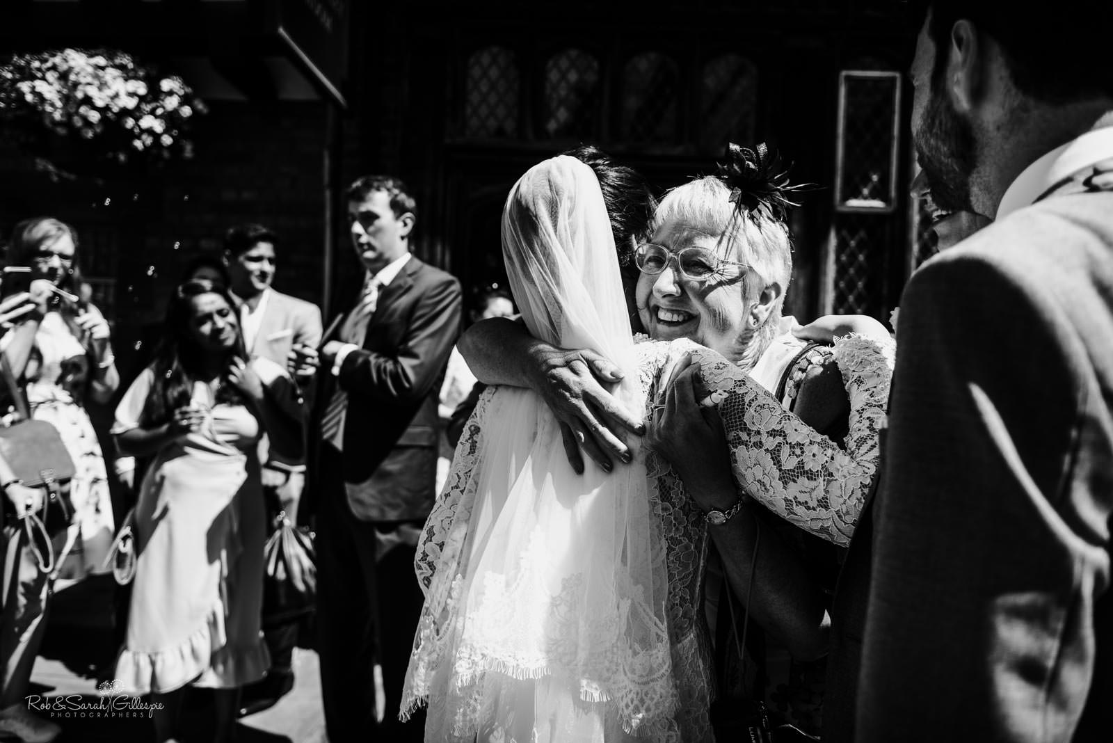 Natural and relaxed wedding photography at Henley Room in Stratford upon Avon