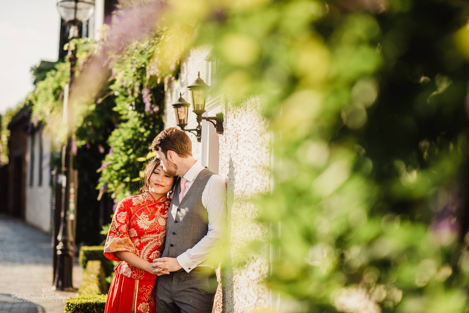 Natural and relaxed photography at Stratford upon Avon wedding