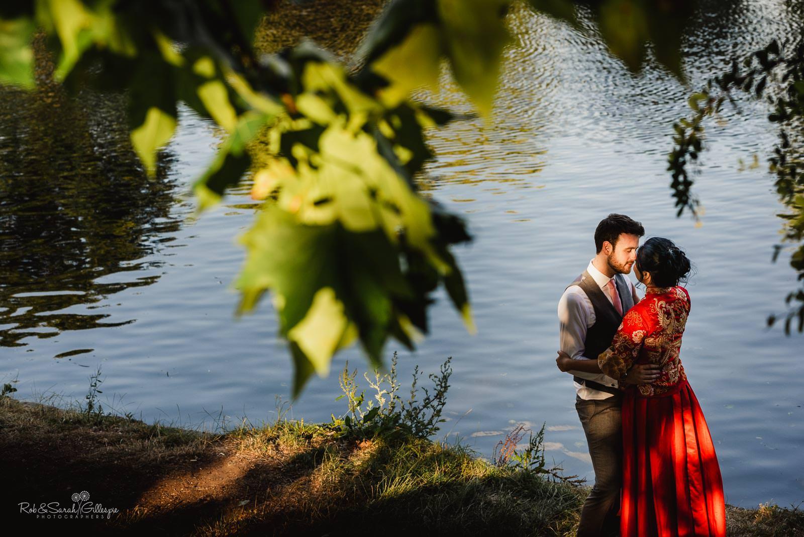 Bride and groom at Stratford upon Avon riverside