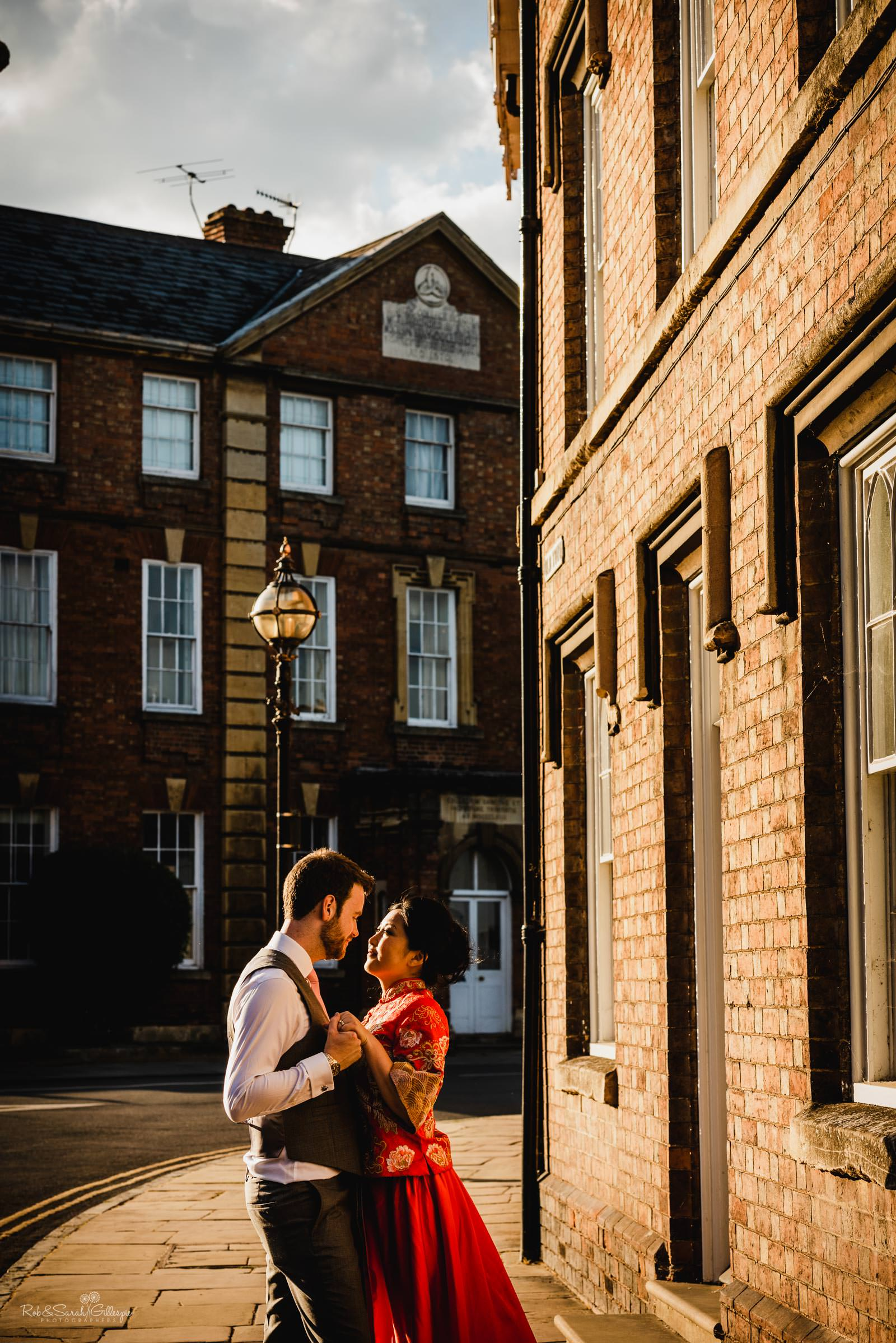 Natural relaxed wedding photography in Stratford upon Avon town centre