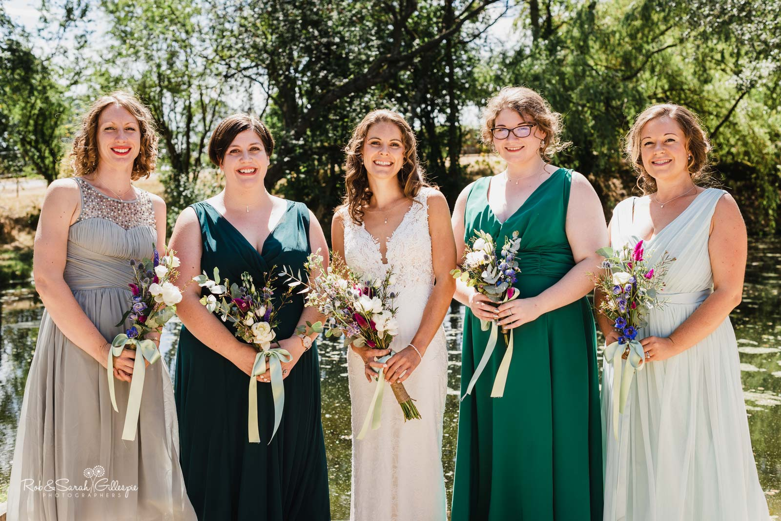 Group photo of bride and bridesmaids at Wethele Manor