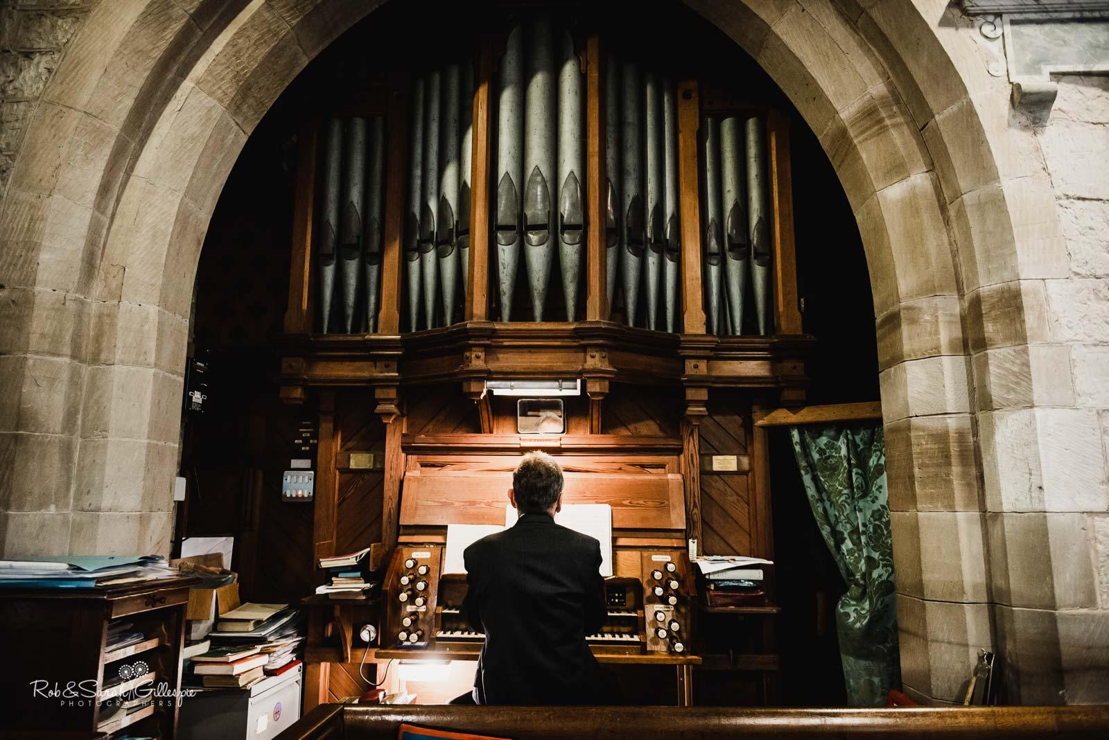 Church organ at St Giles church Packwood