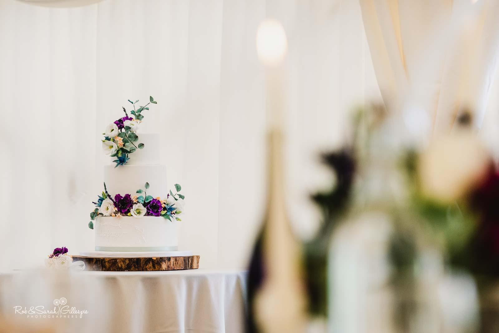 Wedding cake at Wethele Manor