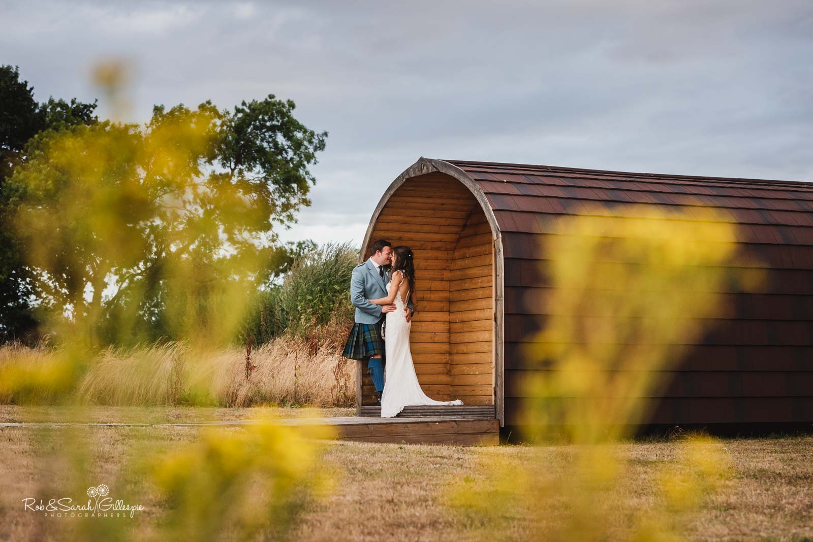 Natural couple portraits at Wethele Manor