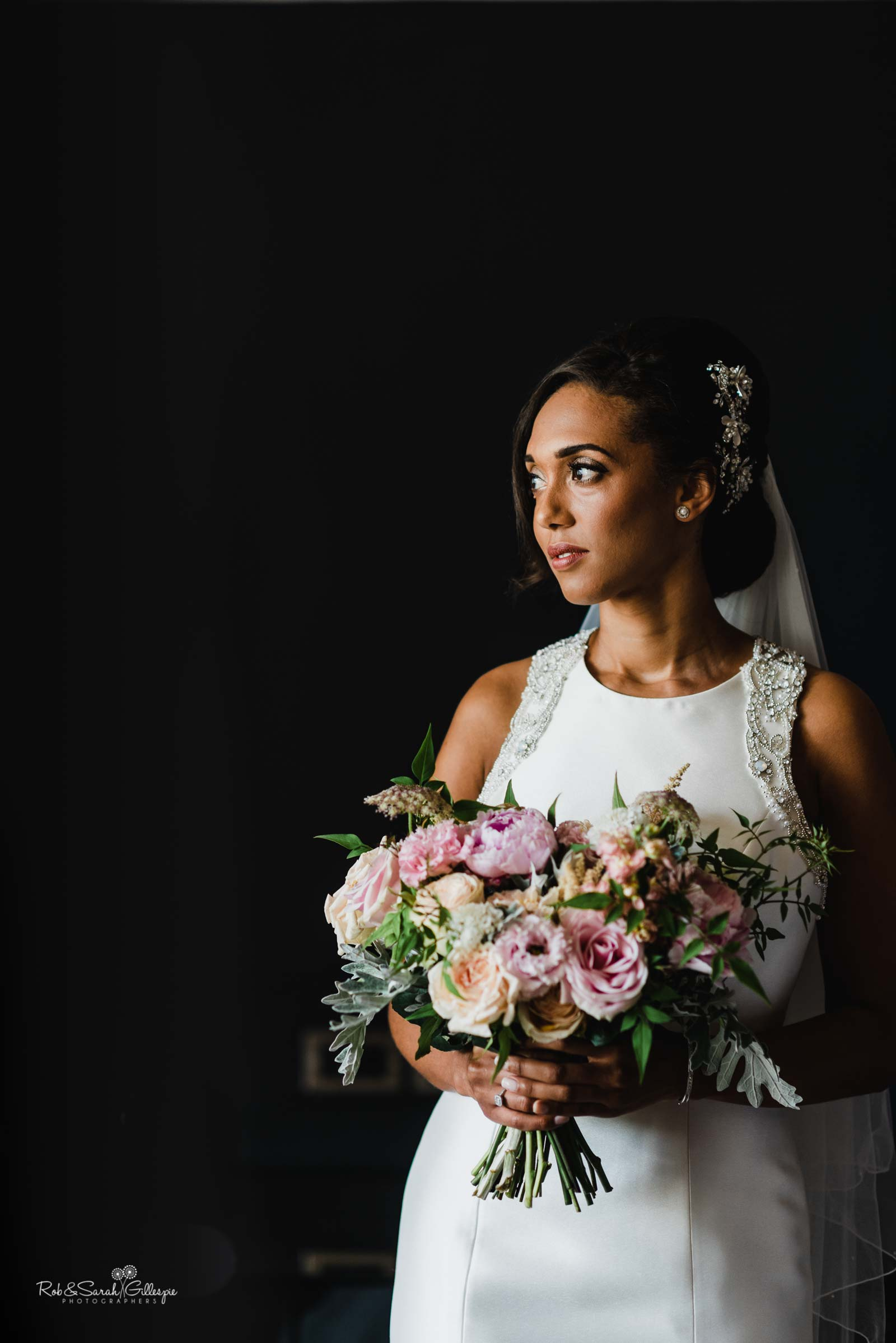 Portrait of bride in strong light at Hampton Manor