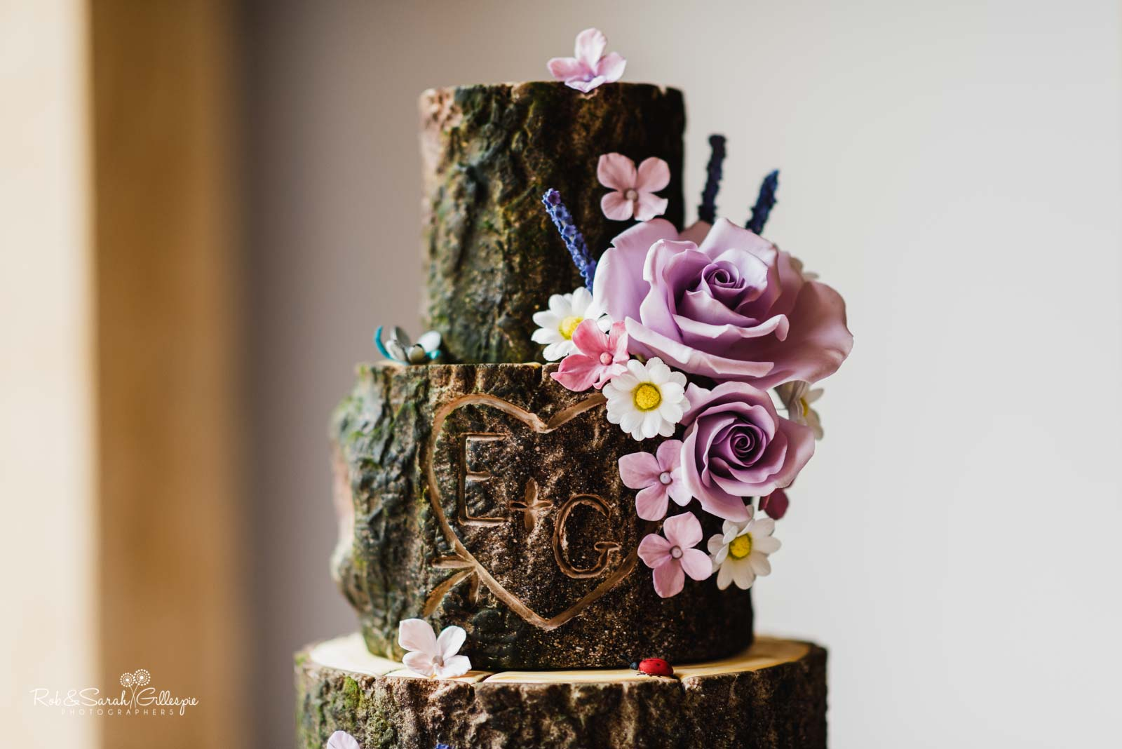 Beautiful wedding cake by Ben The Cake Man