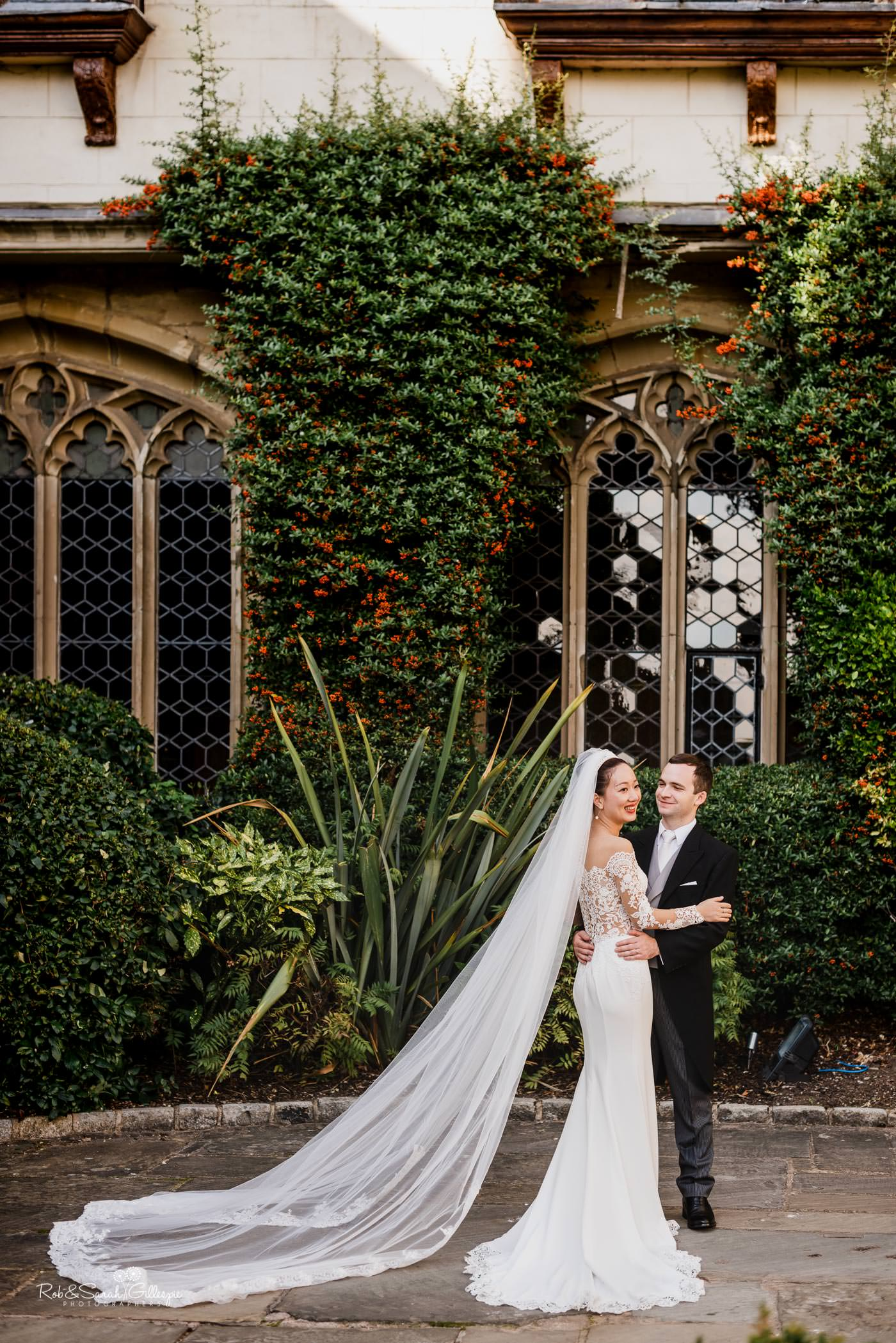 Bride and groom photos at Coombe Abbey