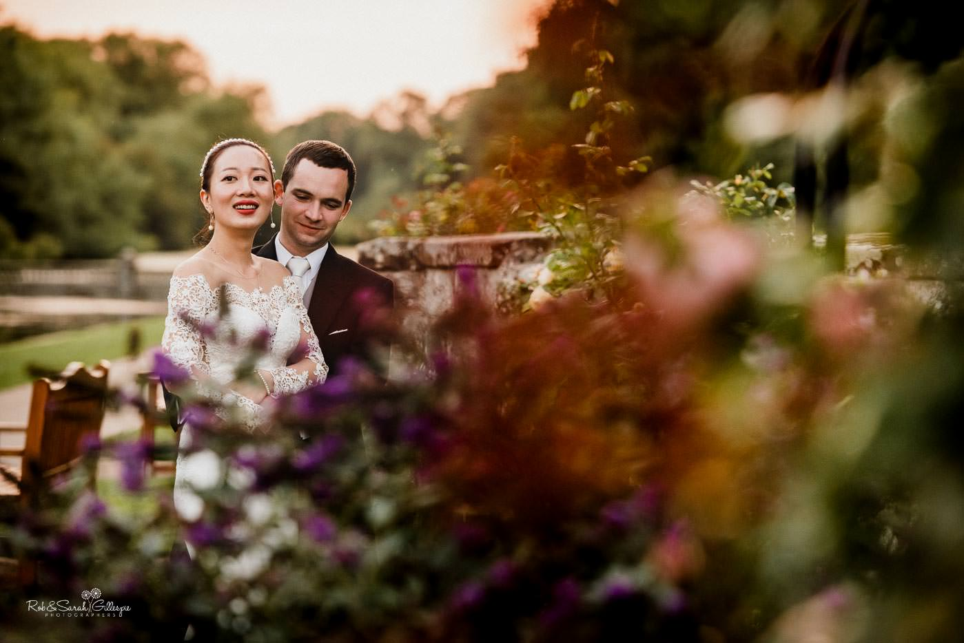 Natural and relaxed bride and groom photos at Coombe Abbey