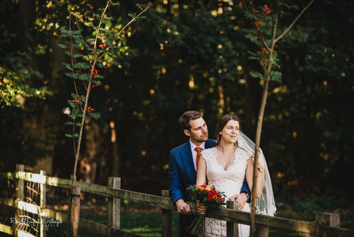 Hazel Gap Barn relaxed wedding photos
