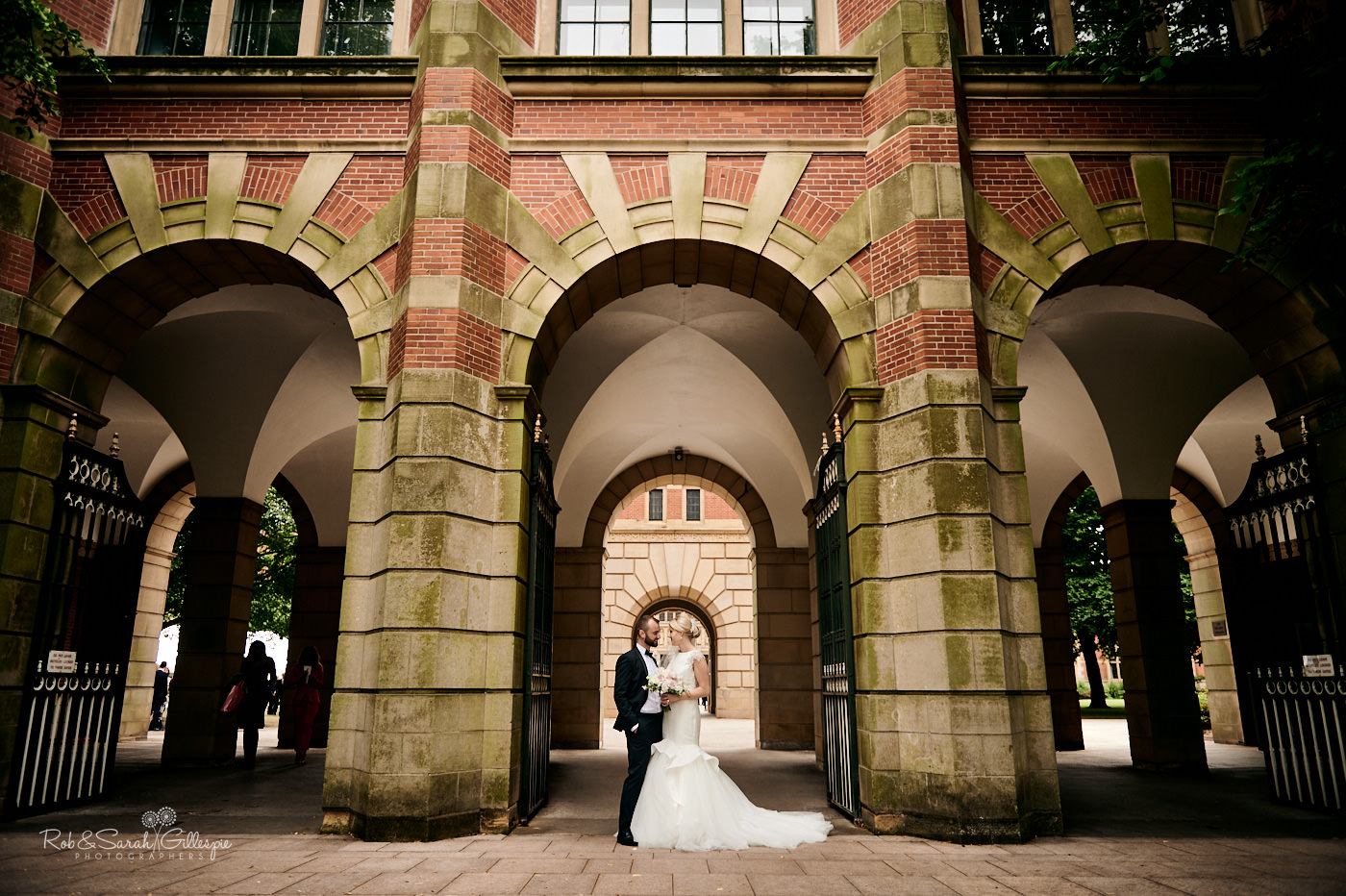 Bride and groom wedding photos at Birmingham University