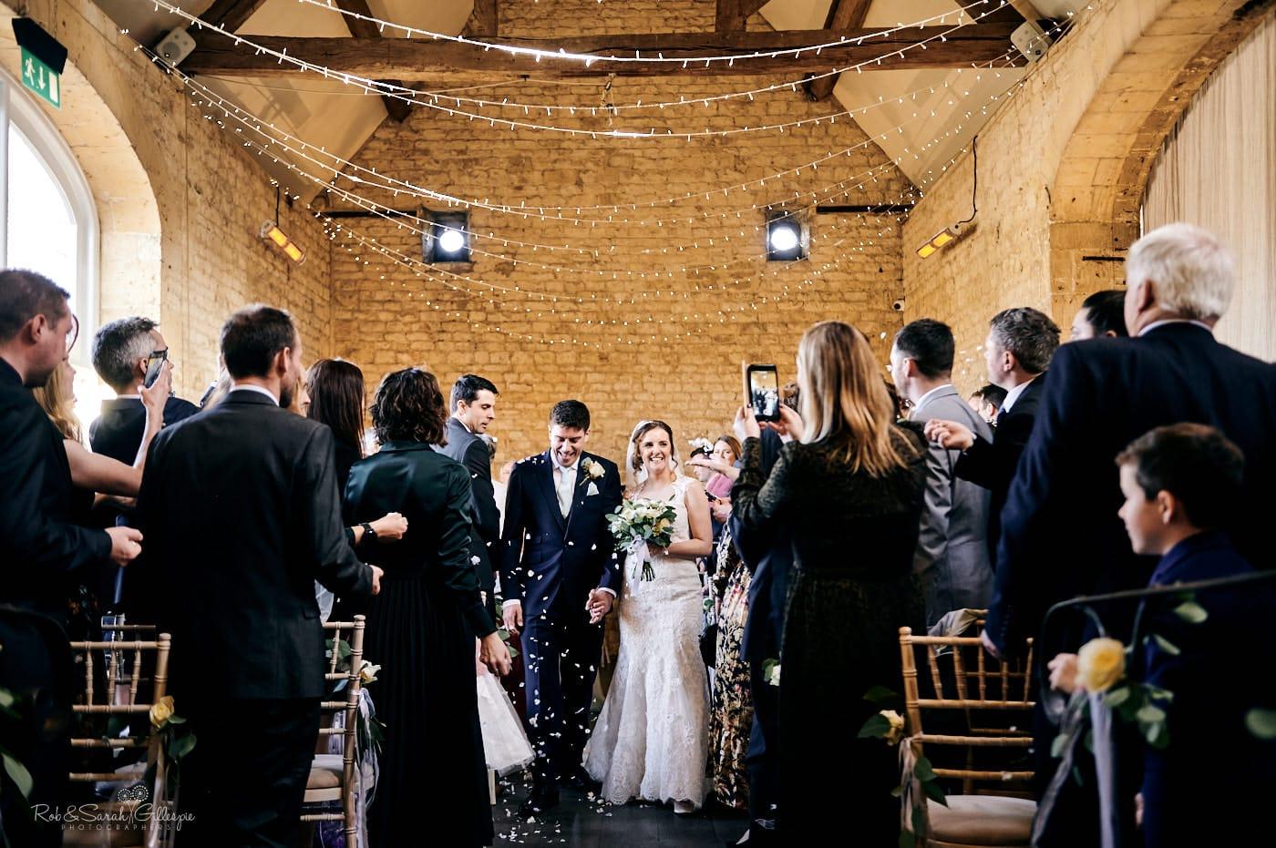 Lapstone Barn wedding confetti