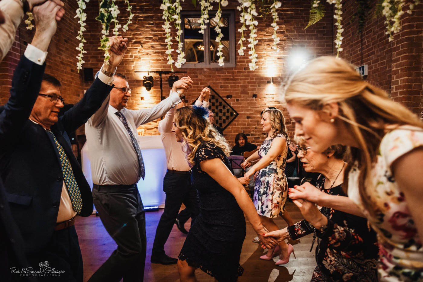 Swallows Nest Barn wedding dancing