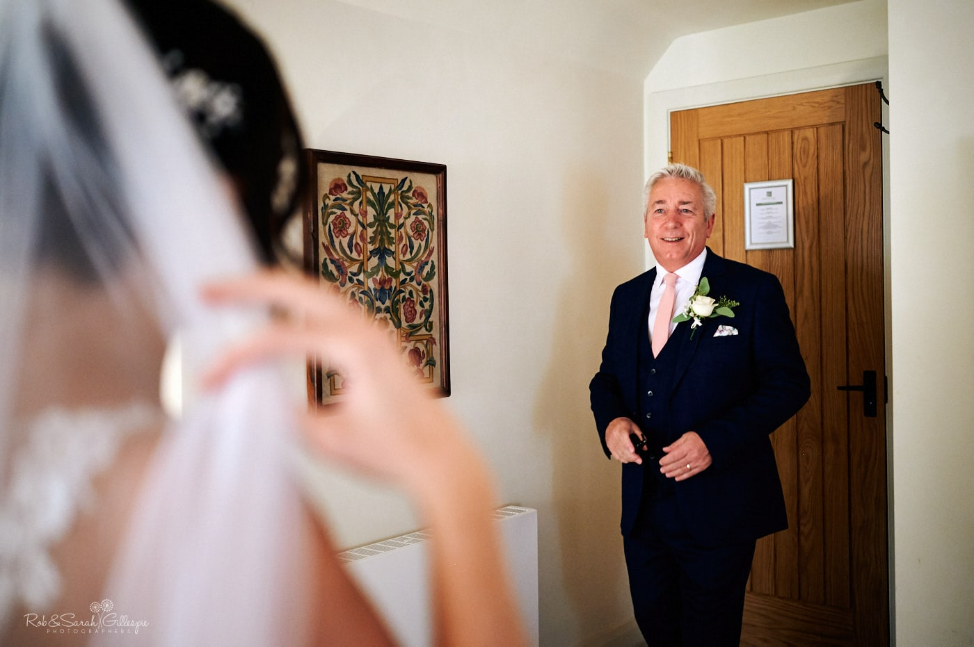 Bride's father sees daughter in wedding dress for first time