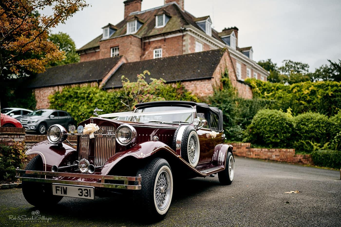 Soft-top wedding car