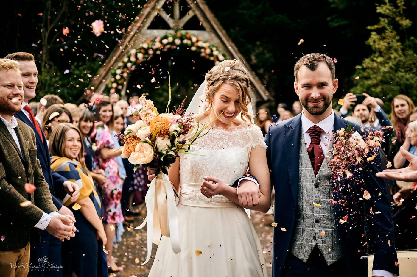 Wedding confetti throw