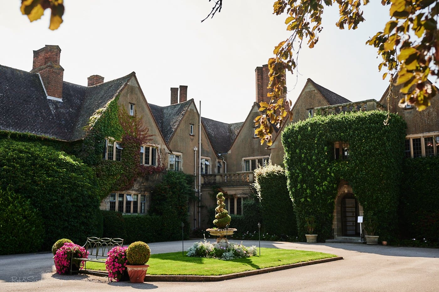 Mallory Court wedding venue front entrance