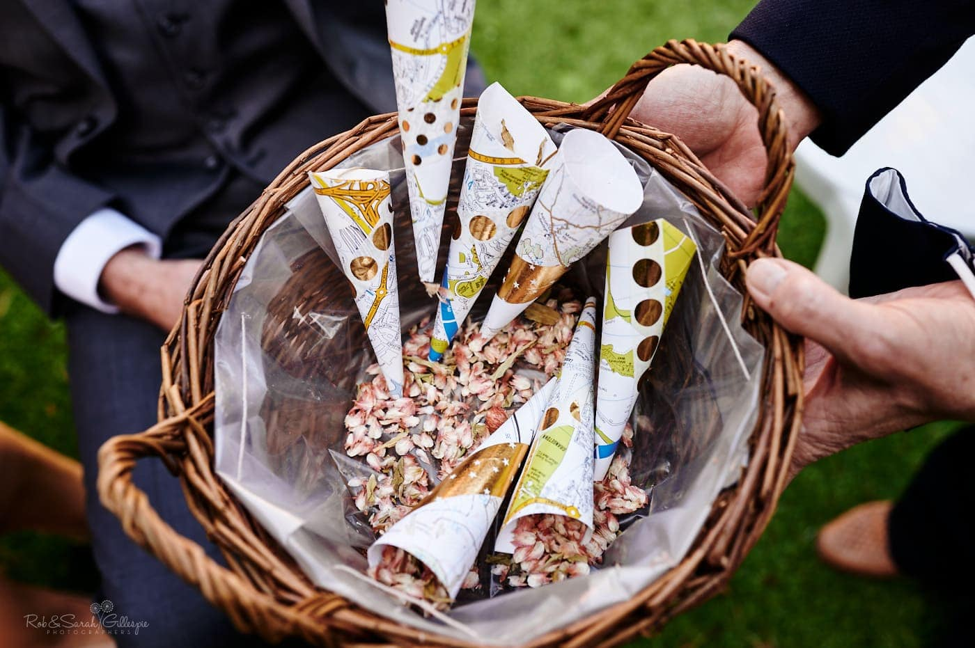 Wicker basket with cones of confetti